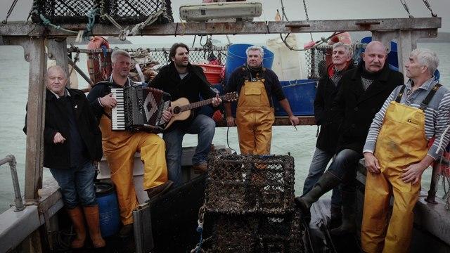 Fisherman's Friends - Keep Hauling
