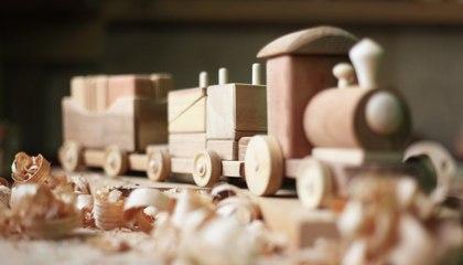 3 jouets en bois vintage