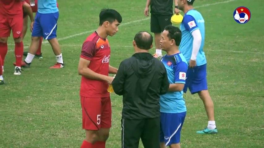 Sát ngày chốt danh sách chính thức, Trần Đình Trọng vẫn tập riêng cùng bác sỹ | VFF Channel