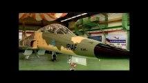 L'Iran dévoile son 1er avion de chasse