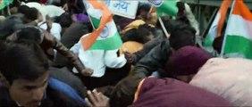 PM Narendra Modi   Official Trailer   Vivek Oberoi   Omung Kumar   Sandip Ssingh   5th April