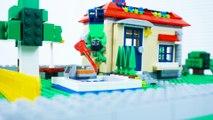 LEGO Hulk's Day Off STOP MOTION LEGO Hulk And LEGO Spiderman | By LEGO Worlds
