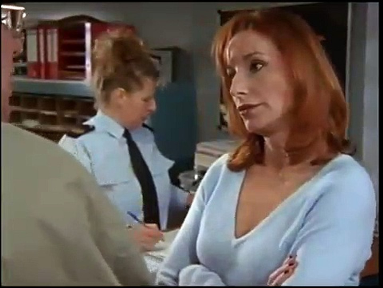 Baantjer De Cock En Het Lijk In De Kast S08e01