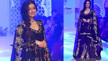 Divya Khosla Kumar walks the ramp as showstopper at Bombay Times Fashion Week | FilmiBeat