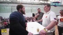 Un concours de gifles très intense en Russie fait le buzz