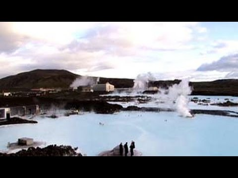 Spectacular spas: Get steamy at Iceland's hot spot