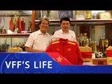 Nhạc sỹ Phó Đức Phương tặng bóng đá Việt Nam 3 bài hát | VFF Channel