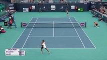Simona Halep beats Venus Williams in straight sets at the Miami Open