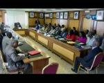RTG/Séance de travail du Ministre de l'Education Nationale avec plusieurs fournisseurs pour préparer les examens de fin d'année