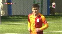 Turquie - Un U14 de Galatasaray rate volontairement un penalty imaginaire