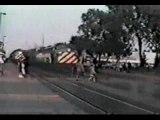 Una ragazza investita da un treno