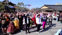 KPOP RANDOM PLAY DANCE WITH KOREAN TRADITIONAL CLOTHES!