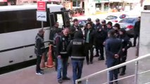 Kocaeli merkezli 8 ilde gerçekleştirilen FETÖ operasyonunda gözaltına alınan 17 kişi adliyeye sevk edildi