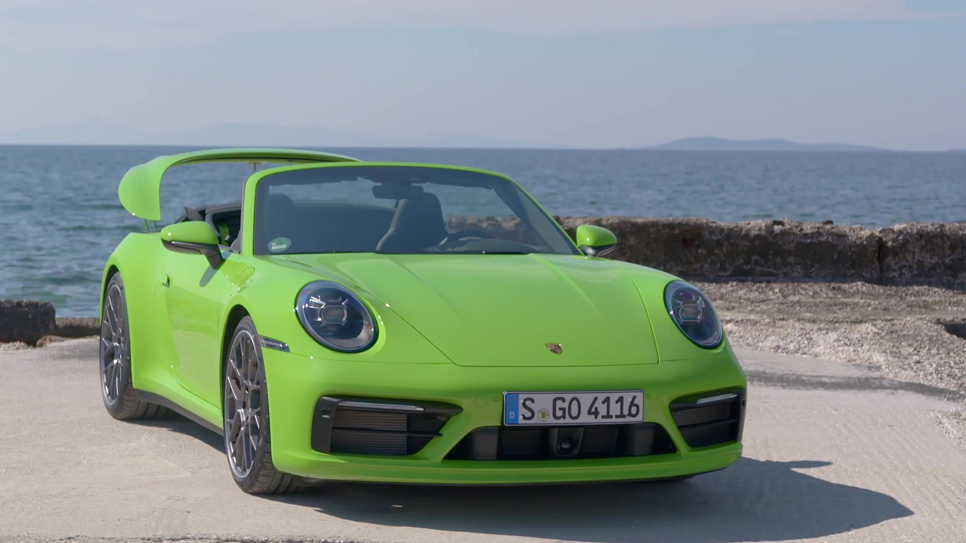 Porsche 911 Carrera 4s Cabriolet Design In Lizard Green Video Dailymotion