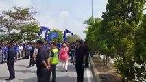 Pakatan, BN supporters gather outside Rantau nomination centre