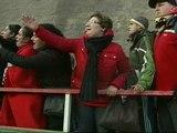 Gritos, empujones y desmayos en San Mamés para conseguir las primeras entradas de Copa