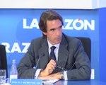 Aznar apuesta por la ley de partidos