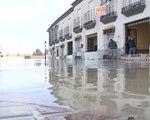 Un centenar de desalojados por inundaciones