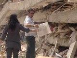 Los vecinos de Lorca recogen sus pertenencias