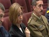 Chacón habla por videoconferencia con algunas tropas desplazadas a Libia