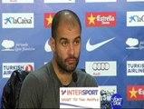 """Guardiola: """"Alves seguirá aquí muchos años"""""""