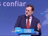 """Rajoy pide a Zapatero más """"explicaciones"""" y menos """"firmas"""""""