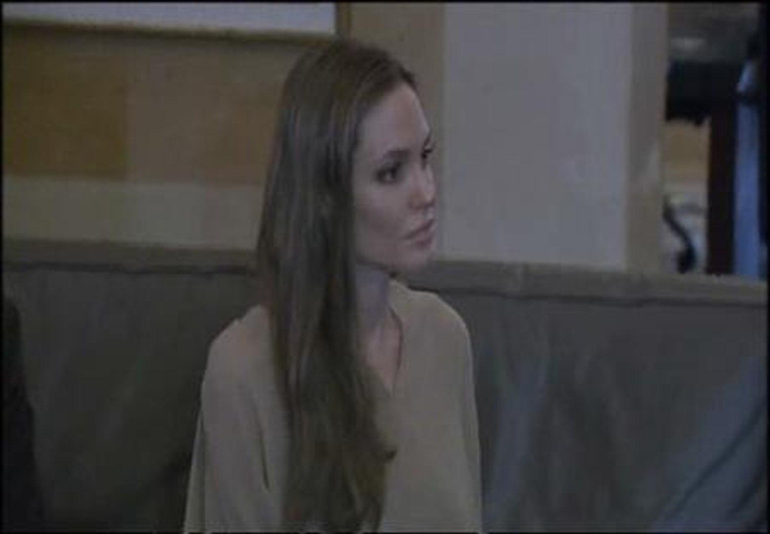 Angelina Jolie visita el Líbano para ayudar a los refugiados sirios