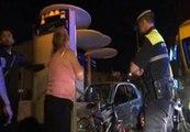 Cuatro personas heridasal estrellarse un coche con un autobús y una parada