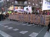 Miles de personas marchan desde el Lluís Vives a Delegación