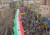 Cientos de manifestantes celebran en Irán el 33 aniversario de la revolución islámica