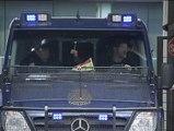 Los cinco detenidos por la explosión en el Pilar, camino de la Comisaría de Canillas
