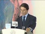 """Aznar:  """"La actitud de no estar contra nadie, sino de estar con los españoles"""""""
