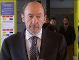 """Rubalcaba exige """"celeridad"""" al Gobierno para investigar las presuntas torturas en Irak"""