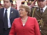 La presidenta chilena visita a su vecina la presidenta argentina