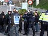 Los piquetes tratan de cortar los accesos a la Universidad Autónoma de Barcelona