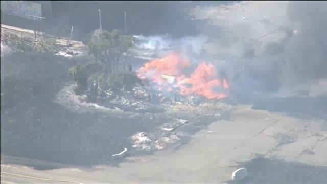 Las llamas queman más de 55 hectáreas en California