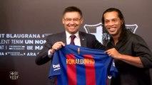 Ronaldinho, nuevo embajador del FC Barcelona