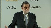 """Rajoy: """"A Puigdemont le han dado el trato que se merecía"""""""