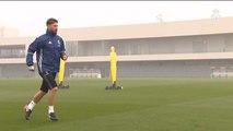 El Real Madrid se ejercita bajo una intensa niebla pensando ya en la Liga
