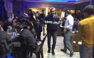 Başkanlığı Kazanan Fatih Mehmet Maçoğlu, Arkadaşlarına Yemek Servisi Yaptı