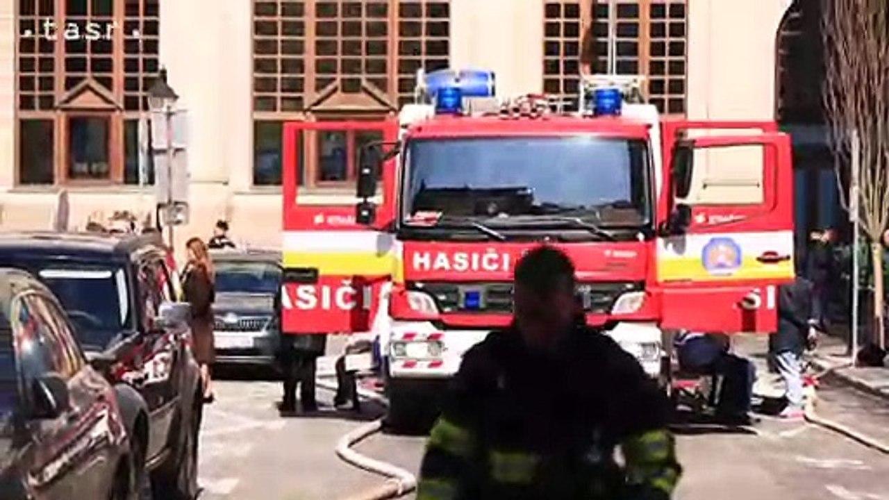 Na Gorkého ulici v Bratislave vybuchol plyn, na mieste zasahovali hasiči