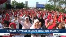 Ribuan Ibu-Ibu Goyang Jempol untuk Dukung Jokowi-Ma'ruf