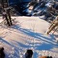La folle descente du snowboarder Travis Rice en caméra embarquée