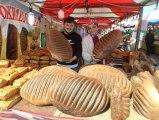 Dev Osmanlı Ekmeği, Kilosu 10 Liradan Kapış Kapış Satılıyor