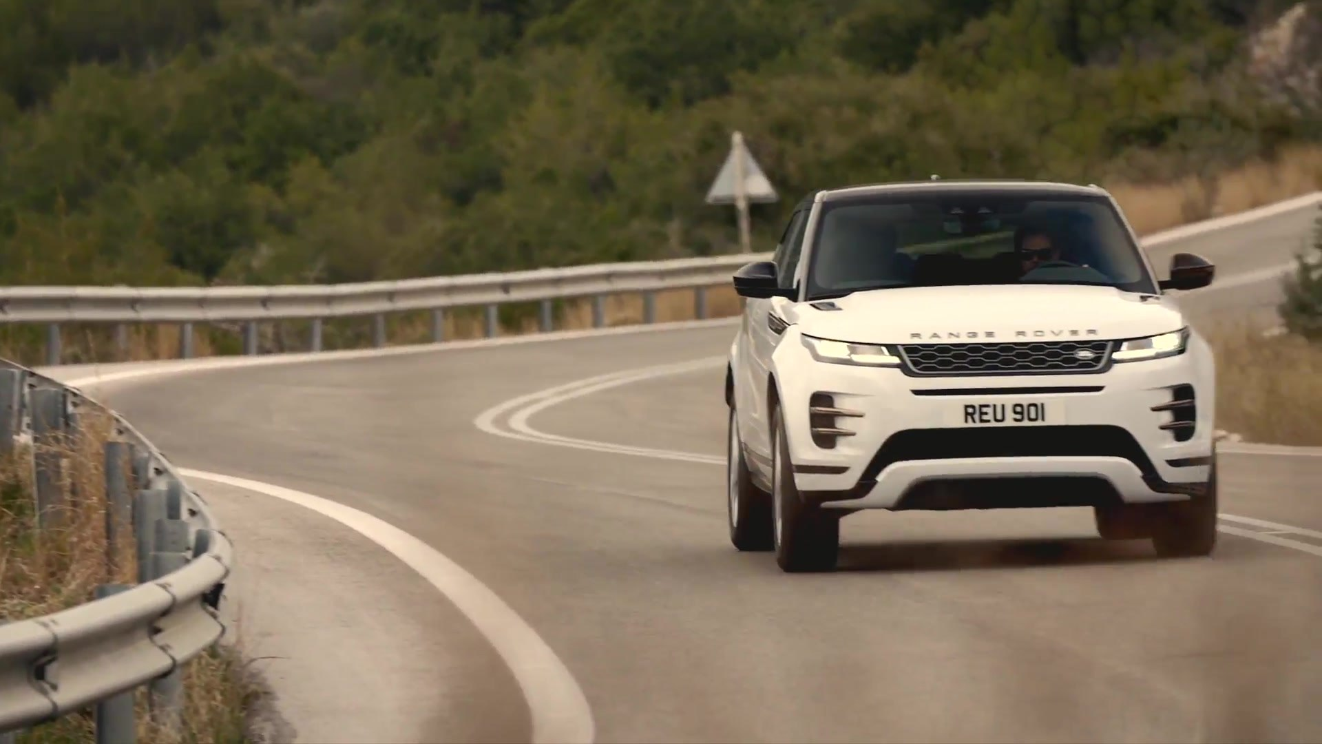 New Range Rover Evoque R-Dynamic S derivative in Yulong White Driving Video