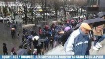 RCT-Toulouse : arrivée des supporters au stade Vélodrome sous la pluie