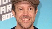Jason Sudeikis Honors Kristen Wiig, Andy Samberg & Bill Hader On 'SNL'