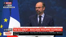 Bilan du Grand Débat: Un homme interpelle le Premier ministre Edouard Philippe lors de son discours au Grand Palais - VIDEO