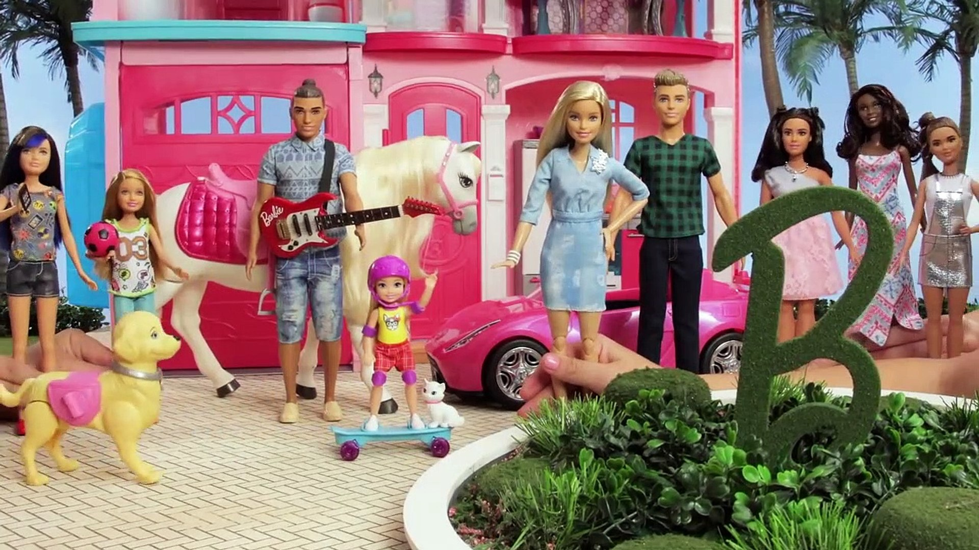 Barbie astronaute | Barbie LIVE! In The Dreamhouse | Barbie France