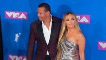 Jennifer Lopez défend sa relation avec Alex Rodriguez après des rumeurs d'infidélité